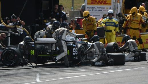 No. 98 driver Alexander Rossi finished in 14th place in his first race at Mid-Ohio in 2016