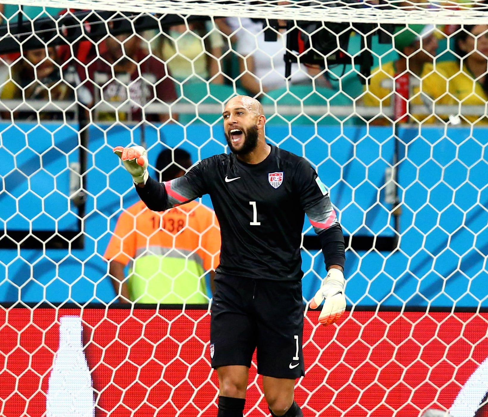 Tim Howard and the U.S. reached the round of 16 in the 2014 World Cup.