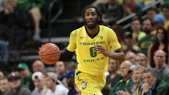 Feb 28, 2016; Eugene, OR, USA; Oregon Ducks forward Dwayne Benjamin (0) dribbles the ball against the Washington Huskies in the first half at Matthew Knight Arena. Mandatory Credit: Scott Olmos-USA TODAY Sports