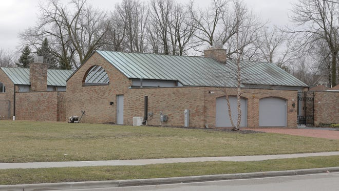 The University of Wisconsin-Oshkosh Foundation purchased former Chancellor Richard Wells' home in 2013 for $450,000, about $120,000 more than its market or assessed values. Wells had tried to sell it to the University of Wisconsin System, but it declined.