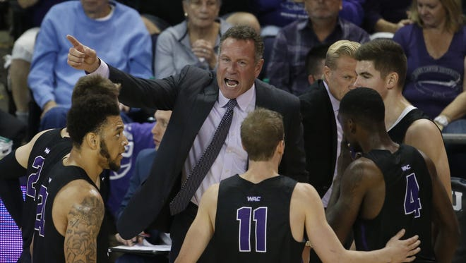GCU head coach Dan Majerle instructs his team after a foul against San Diego during the second half at Grand Canyon University on Saturday, November 25, 2017 in Phoenix, Ariz.