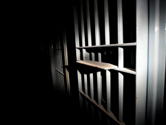636088323696359492-jail.jpg