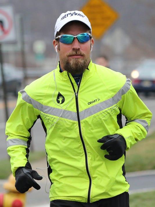 0410_100_marathons_08.jpg
