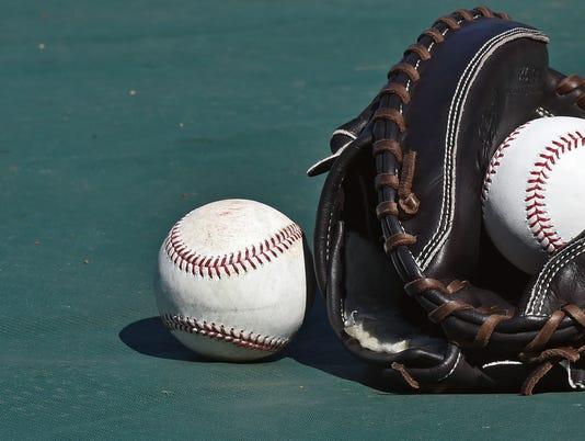 baseballs7612931211