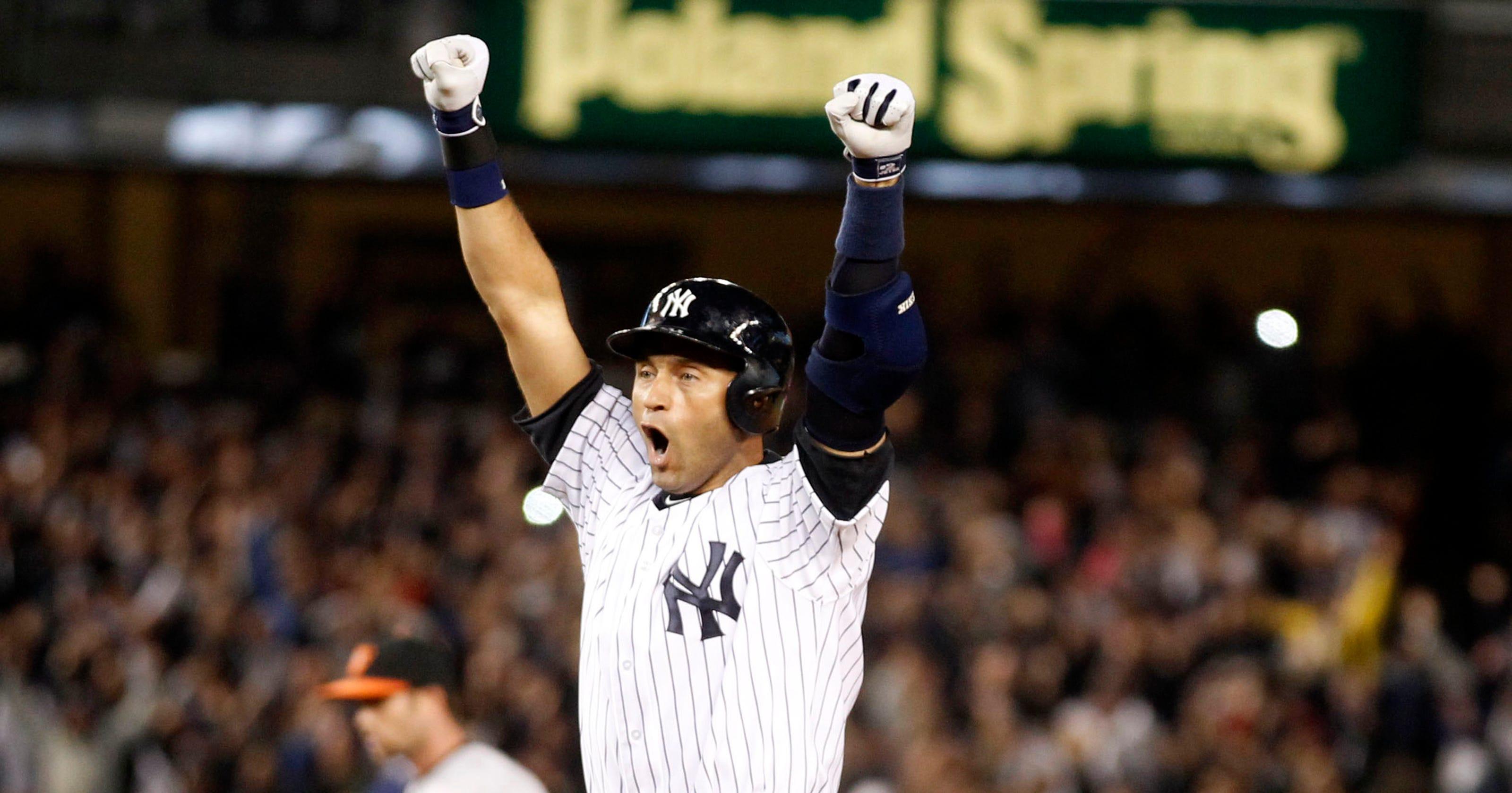 2454f2169 Derek Jeter s unbelievable closing act at Yankee Stadium