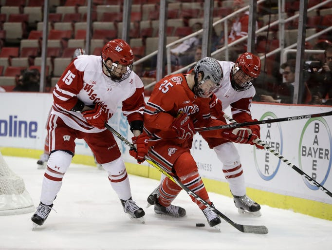 Ohio State forward Brendon Kearney (center), Wisconsin