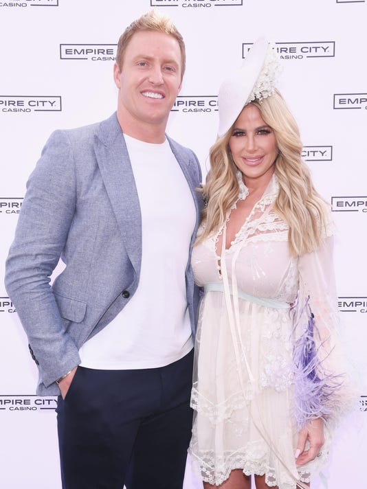 Kim Zolciak Hosts Kentucky Derby Hat Contest At Empire City Casino At Yonkers Raceway