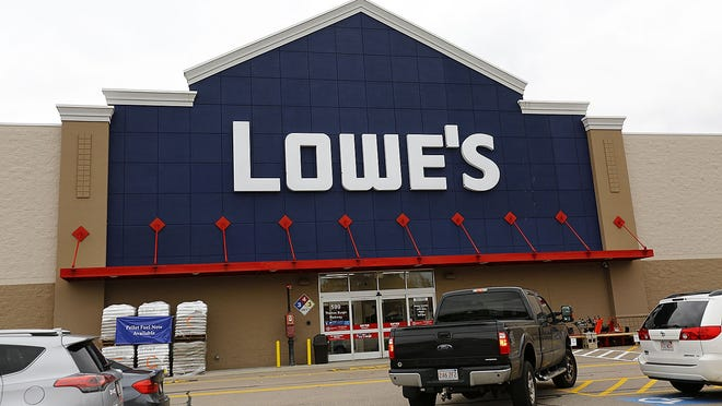 Lowe's in West Quincy which is slated fro closure after the first of the year on Monday Nov.5, 2018 Greg Derr/ The Patriot Ledger