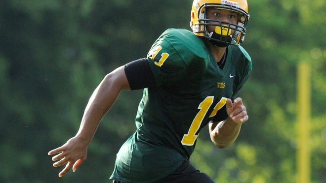 Uvakeious McGhee during Jeff Davis High School football practice at the school in Montgomery, Ala. on Friday August 8, 2014.
