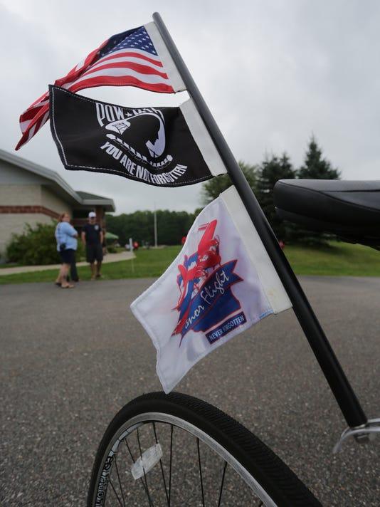 WDH 0825 Honor Bike 03.jpg