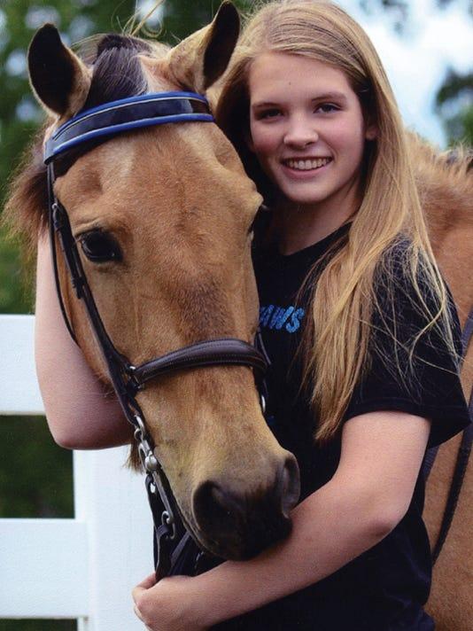 SLH horse10
