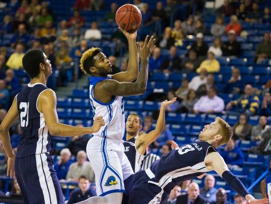Sports: UD-Yale