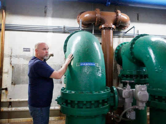 Ronnie Presley, Bee Tree water plant supervisor, explains the flow of water from the Burnett Reservoir through North Fork water treatment plant's filter pipe gallery February 21, 2017.