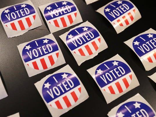 636142174278218037-GBP-VOTING-110816-ABW005.jpg