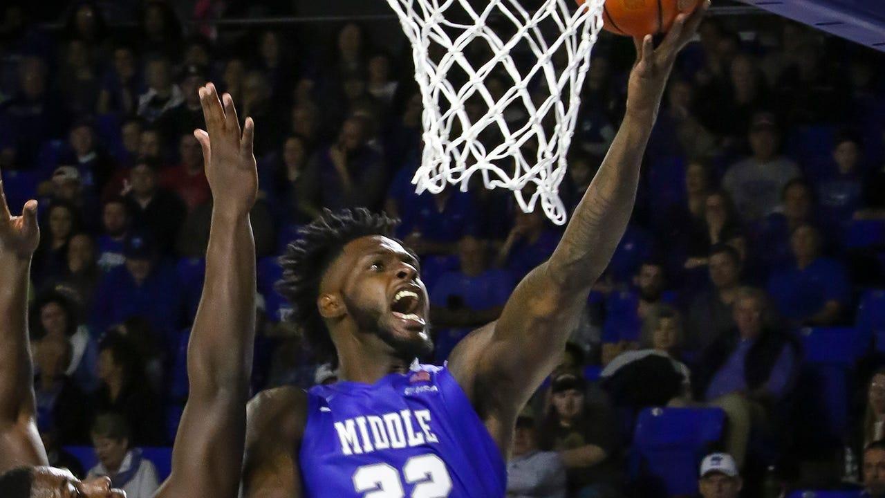 VIDEO: JaCorey Williams slam dunk