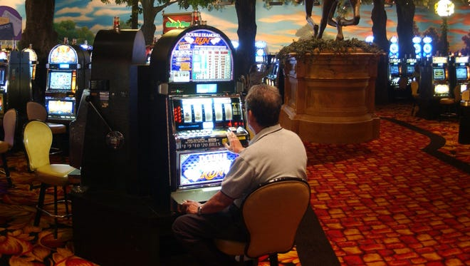 Men's gambling may be a sign of depression, a new study suggests.