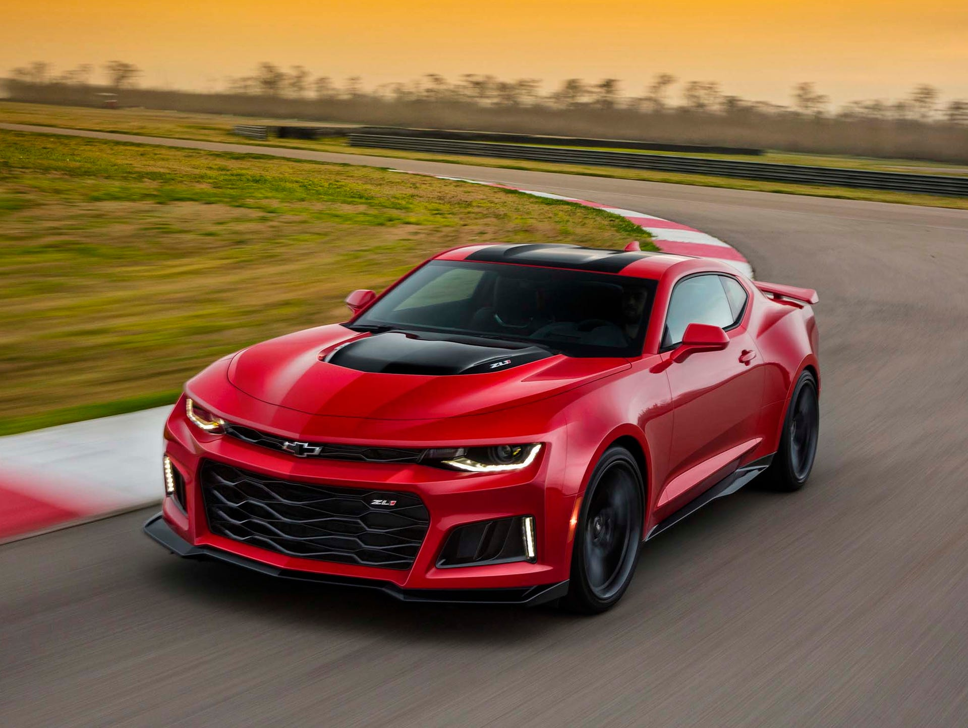 2017: Camaro also will introduce two performance