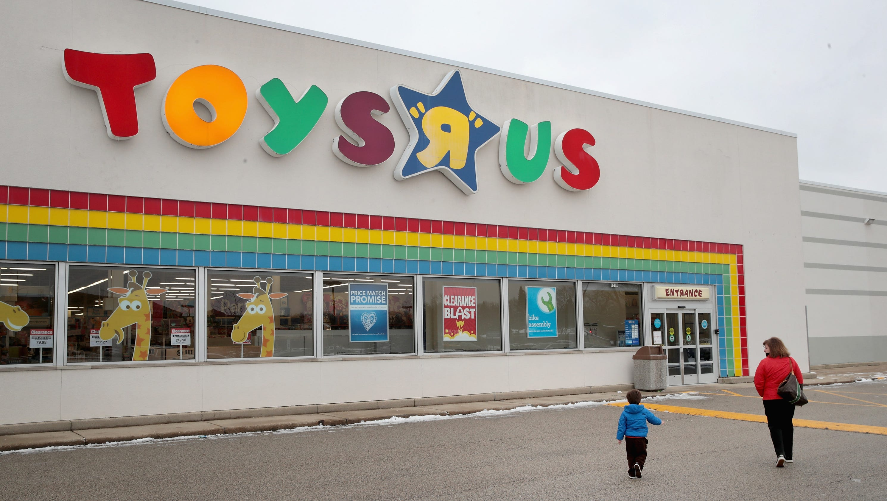 Retailer Toys R Us has been in dire straits for some time now, with the US side of the operation filing for bankruptcy in This week has brought us the news that the UK arm of the business is.