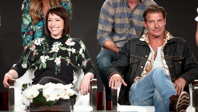 Host Paige Davis and Ty Pennington reunite as TLC's 'Trading Spaces' returns after a 10-year break.
