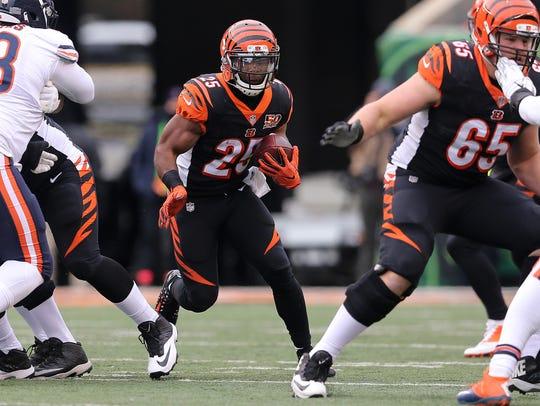 Cincinnati Bengals running back Giovani Bernard (25)