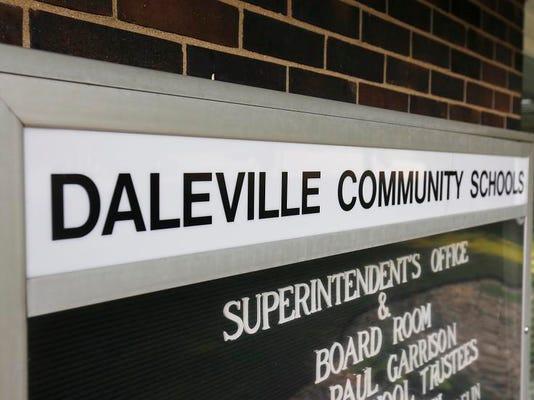 MNI 0726 DalevilleSchoolBuilding02