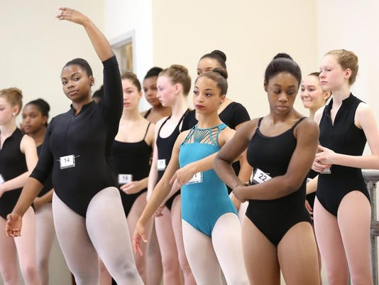 -Ballet rehearsals7.JPG_20140405.jpg