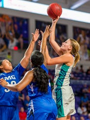 FSW sophomore forward Amanda Oliver has verbally committed