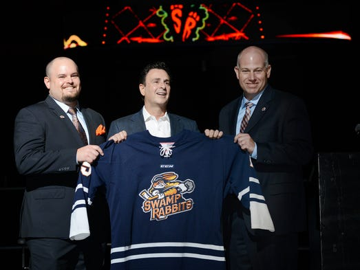 Greenville Road Warriors head coach Brian Gratz, left,