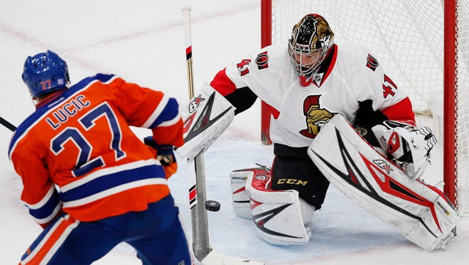 Senators goalie Craig Anderson (41) makes a save during his shutout victory over the Oilers.