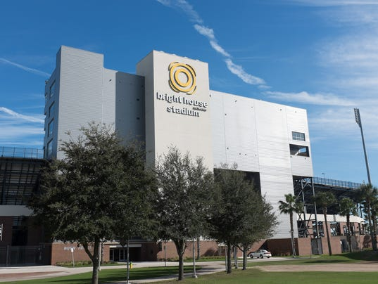 635731773403744069-UCF-Buildings-Bright-House-Stadium-main-facade