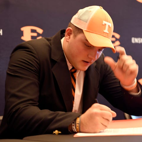 Tanner Antonutti, Tennessee signee, signs...