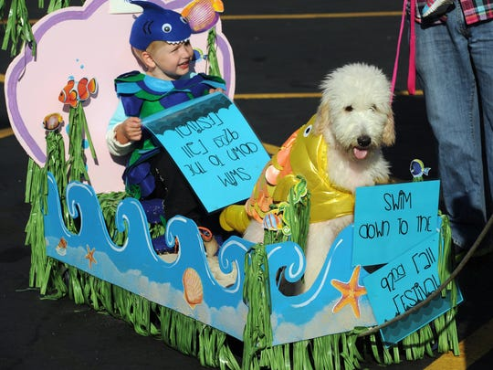 KEVIN SWANK  /  Courier & Prtess