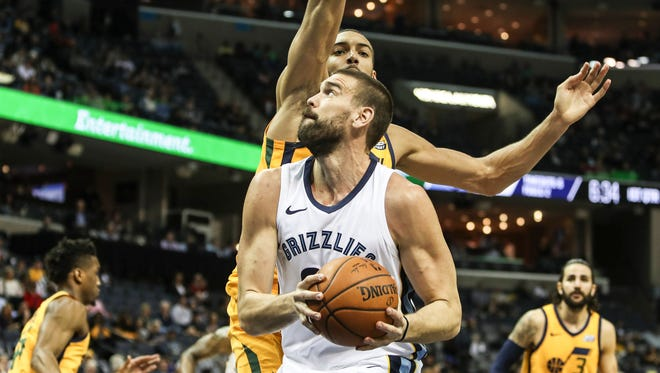 March 09, 2018 - Marc Gasol battles for position during Friday night's game at the FedExForum versus the Utah Jazz.