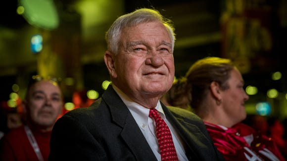 """If we're not going to play better than .500 baseball from now on, to me that would be a disaster,'' Cincinnati Reds owner Bob Castellini told Paul Daugherty on Tuesday."