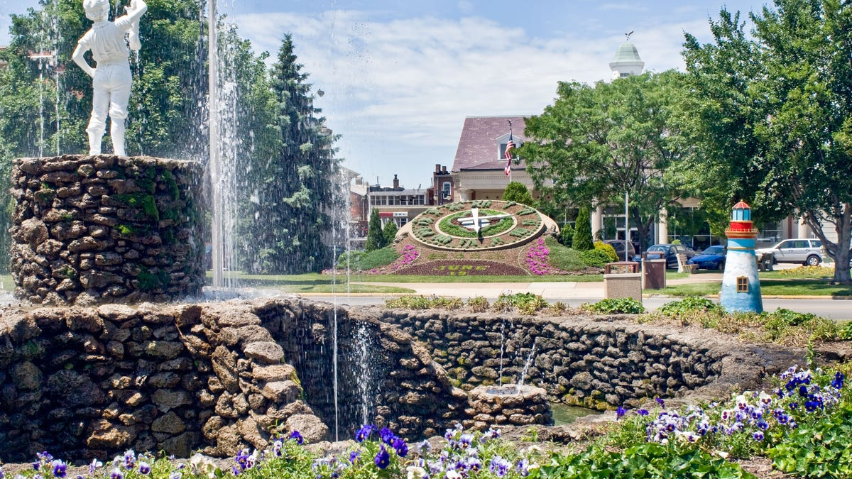 Sandusky has a bit of everything, from wine country to roller coasters