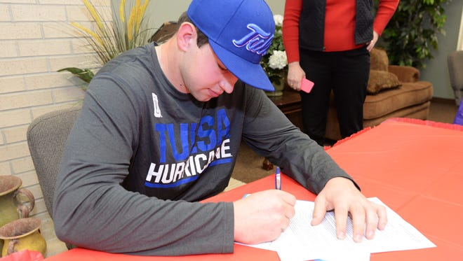 David Fitzwater signed for the University of Tulsa.
