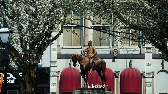The equestrian statue - The Picket - dominants a quadrant of Hanover's square. Hanover's walkable downtown has held up well against the onslaught of suburban malls. It hosts numerous shops and eateries.