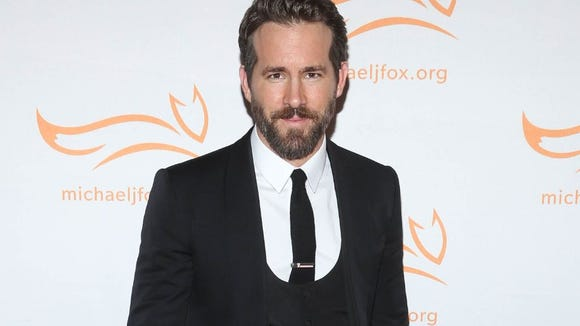 Bedford actor Ryan Reynolds just tweeted that his father passed away.