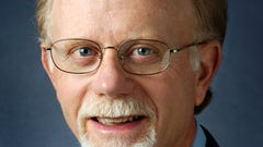 Hentges says he will serve board after dropping out