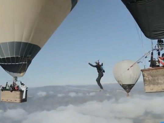hot air balloon tight rope