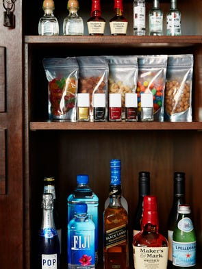 26 Cool Things You Can Get In A Hotel Minibar
