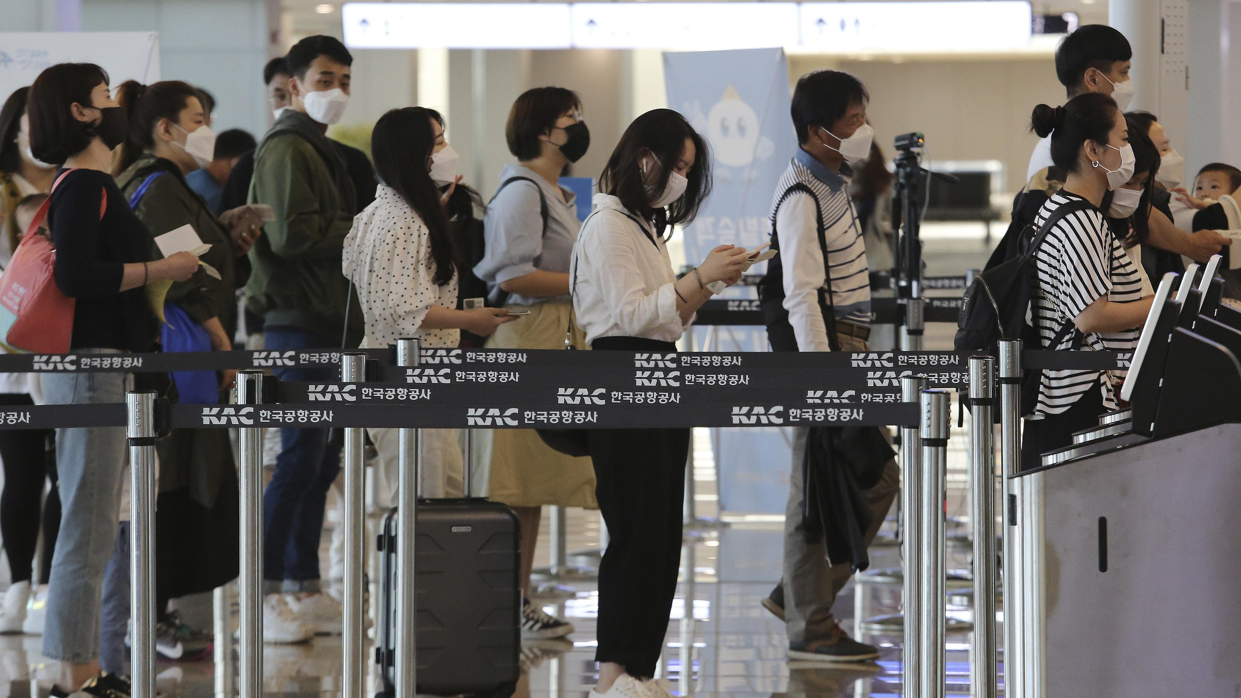 Spike In South Korea Covid 19 Cases Shows Perils Of Reopening