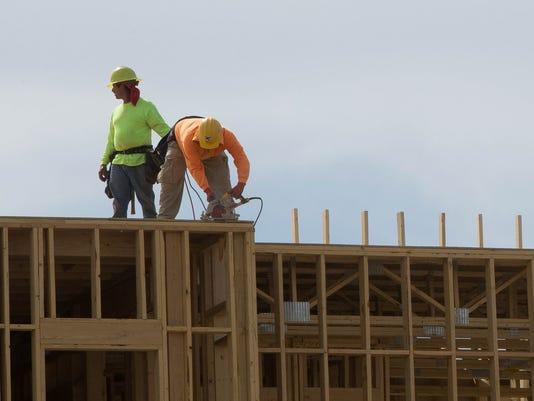 04162018-2-ConstructionContinuesonNMSUHotel-2.jpg