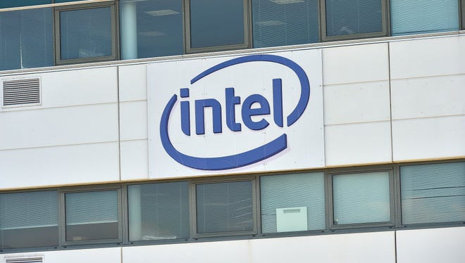 Intel has released its mid-year diversity numbers, which show only slight changes from late 2015 despite the tech company's $300 million to drastically change the makeup of its workforce.