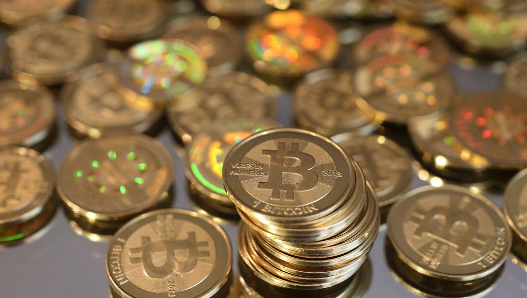 kereskedelmi bitcoin cmc málna pi bitcoin bányász nyereség