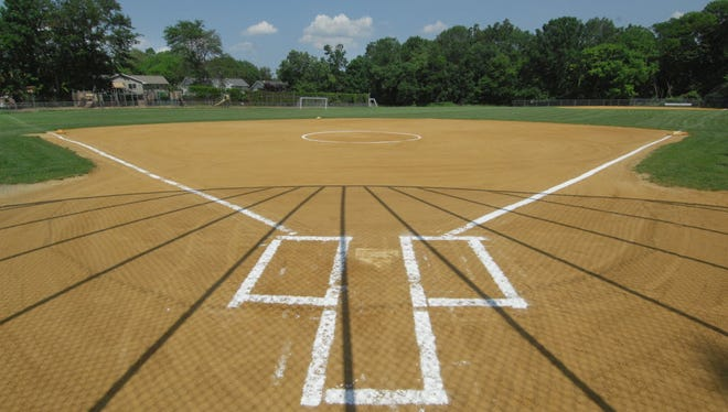 Fort Lee set a school record for most wins in a softball season.