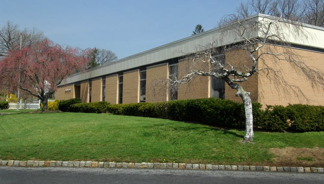 The Education Center, administrative headquarters for the Millburn Township Public School District.