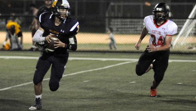 Fort Lee's Nick Tantillo (right) will share rushing duties this year.