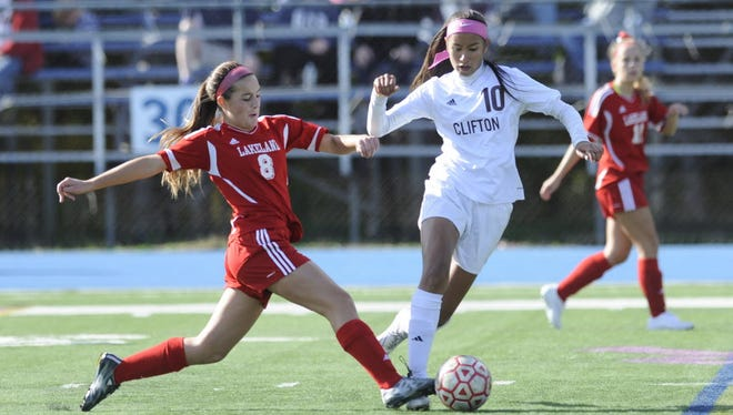 Clifton's Maria Orozco (10) had a goal against Wayne Valley to tie the score at 1.
