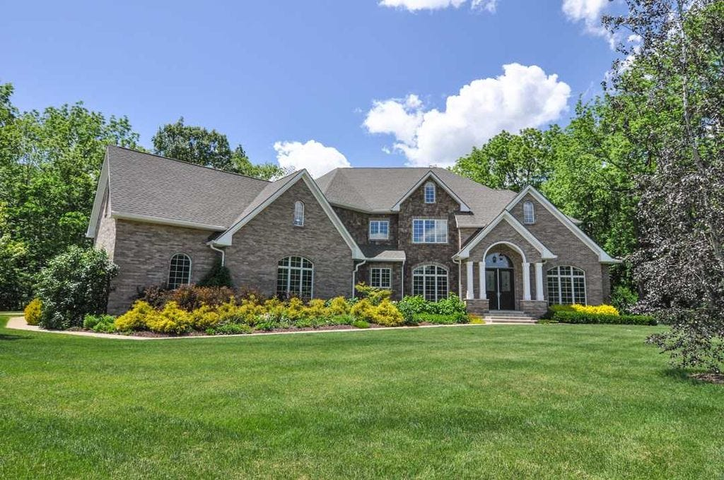 Take A Virtual Tour: Luxury In Lafayette With $925K Home